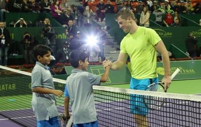 Марченко обыграл российского теннисиста на пути в 1/4 финала турнира АТР в Дохе