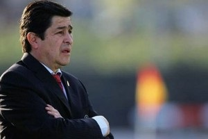 Голубки: в парагвайском клубе узнали о романе игрока и президента