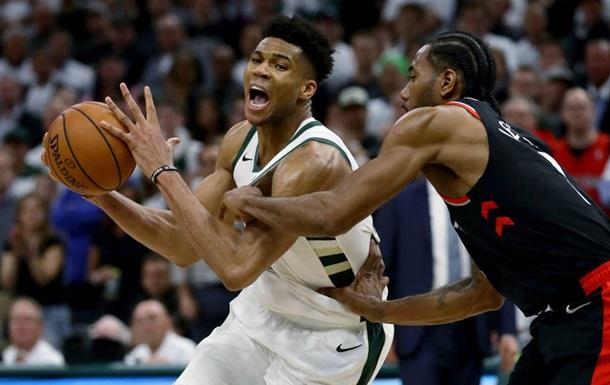 Плей-офф НБА: Милуоки повели в серии с Торонто